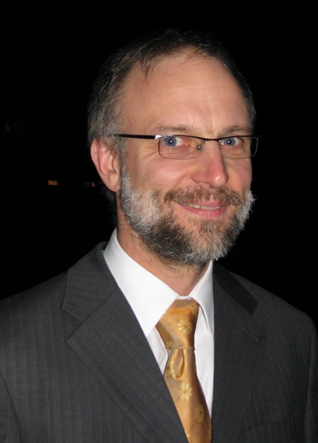 Prof. Dr. Tilman Pfau<br />Director of the 5<sup>th</sup> Physics Institute, University of Stuttgart <br /><br />Quantum Correlations and Ultra Cold Atoms