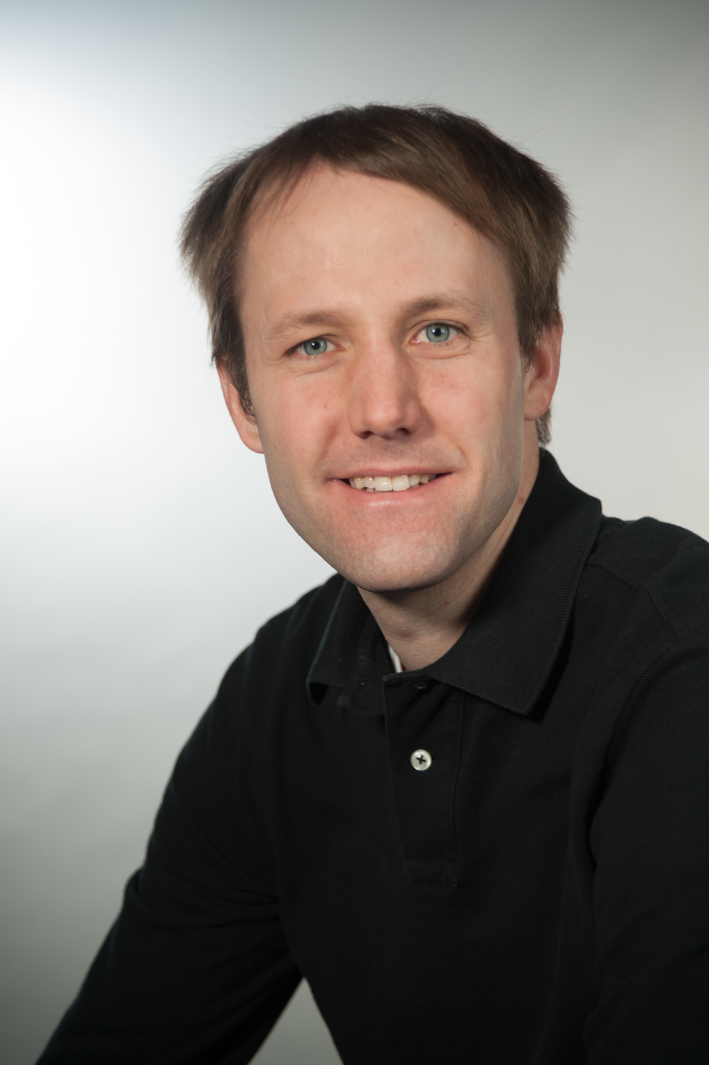 Dr. Andreas P. Schnyder<br /> Group Leader at the Max Planck Institute for Solid State Research (MPI-FKF) <br /> <br /> Theory of Topological Quantum Matter